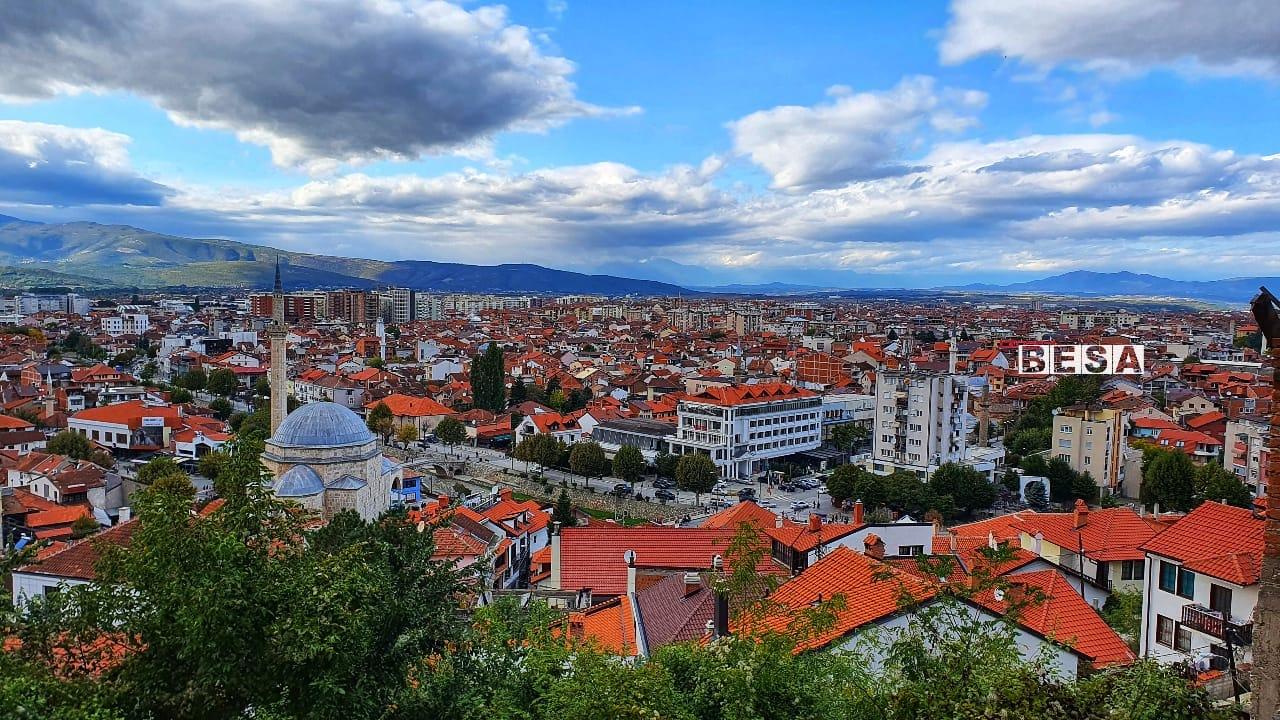 19-vjeçari theu lokalin në Prizren dhe vodhi kuletën e pronarit, Policia e arreston