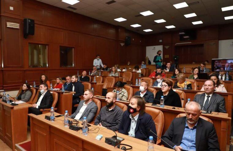 Këta 12 asambleistë priten të përfaqsojnë Vetëvendosjen në Prizren
