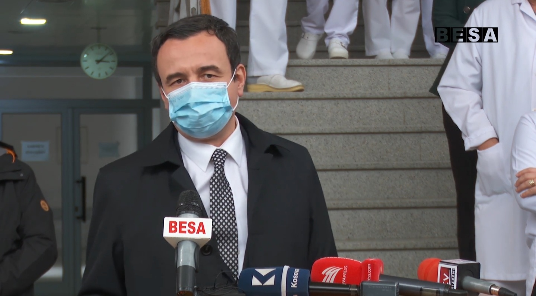 "Kryeministri Kurti vizitoi spitalin e Prizrenit ""Daut Mustafa"""