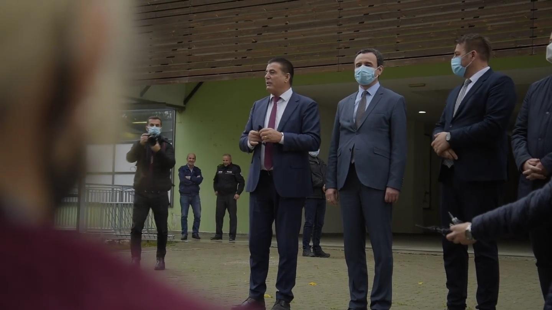 """Emocionohet Agim Bahtiri, """"Nuk ka kush që e merr Mitrovicën, përveç Lëvizjes Vetëvendosje"""" (VIDEO)"""