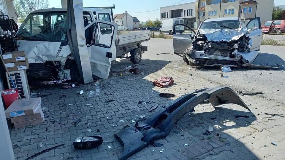 Polici shpëton jetën e personit të lënduar në aksident trafiku