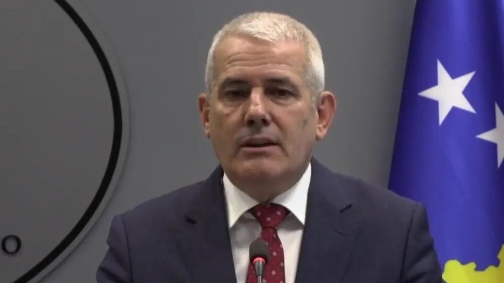 Sveçla: Kosova sfidohet seriozisht nga krimi, 8 zyrtarë policorë të lënduar në veri