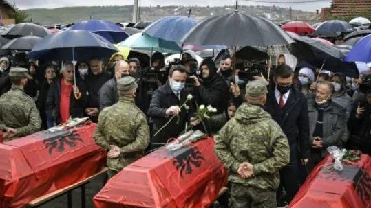 Kurti në Rezallë: Krimet e luftës s'mund të mbulohen në varrezat e Serbisë